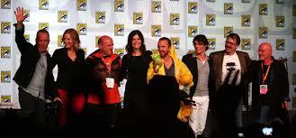 Breaking Bad Wiki File Breaking Bad Cast At The 2012 Comic Con International Jpg
