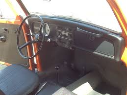 Vw Beetle Classic Interior Classic Wheels 1971 Vw Beetle Is A Super Bright Classic Ride