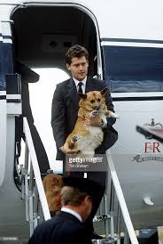 The Queens Corgis Paul Burrell And Corgi Pictures Getty Images