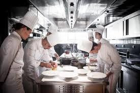 cours cuisine alain ducasse alain ducasse education propose deux formations intensives en cuisine