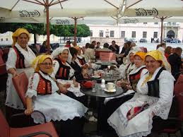 s and s croatian folk costumes