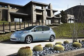 nissan leaf vs chevy volt nissan leaf vs chevrolet volt who will win the sales battle