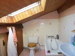 salle de bain dans chambre sous comble emejing salle de bain sous comble gallery amazing house design