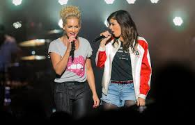 kimberly schlapman little big town performs at illinois state fair aug 20 2016