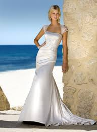 Vintage Style For Unique Wedding Dresses Interclodesigns What Should A Bride Wear For Beach Wedding U2013 Bridesmaid Dresses