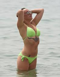 stephanie davis soaks up the sun with her tattooed boyfriend sam