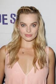 pictures of miss robbie many hairstyles margot robbie s best updo hairstyles popsugar beauty photo 16