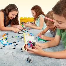 amazon com lego classic medium creative brick box 10696 toys u0026 games