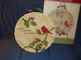 cracker barrel holiday garden cardinal plate with stand 11 5