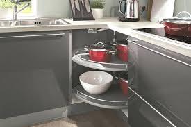accessoire pour meuble de cuisine accessoire meuble d angle cuisine tourniquet rangement cuisine un