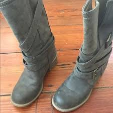 dirty riding boots 53 off dirty laundry shoes dirty laundry boots from reagan s