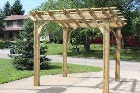 Small Backyard Pergola Ideas Pergola Design Awesome Small Backyard With Pergola Closed