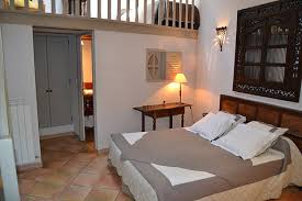 chambre grenier chateau roumanieres wix com chambre du grenier