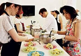 cours de cuisine italienne cours de cuisine italienne cours pizza et glace florence ceetiz