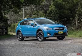 2017 subaru crosstrek green 2017 subaru xv 2 0i s review video performancedrive