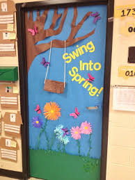 Easter Door Decorations To Make by Best 25 Preschool Door Ideas On Pinterest Preschool Door