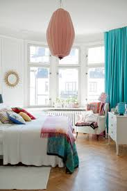 Small Bedroom Decorating Ideas Pictures by Best 25 Bay Window Bedroom Ideas On Pinterest Bay Window Seats