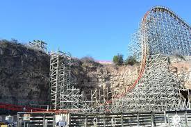 Six Flags San Antonio 2013 Neuheit Iron Rattler Rocky Mountain Construction Six