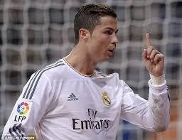 real madrid 3 celta vigo 0 ronaldo scores his 400th goal as bale