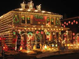 lights house with lights to house