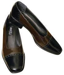 vaneli italian leather low heel spectator pumps on tradesy