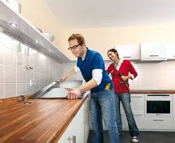 küche einbauen anleitung für heimwerker arbeitsplatte einbauen bauen de