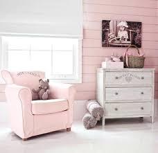 fauteuil adulte pour chambre bébé fauteuil chambre bebe decoration chambre fille chambre de bb