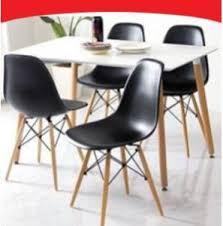 table et 4 chaises ensemble noir et blanc style scandinave table 4 chaises