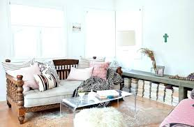 clear acrylic coffee table clear coffee table via clear acrylic coffee table amazon puntopharma