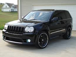 stanced jeep 2006 jeep grand cherokee srt8 pic 41810 gearheads org