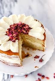 small cake white chocolate cake