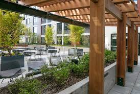 central courtyard in south waterfront apartments