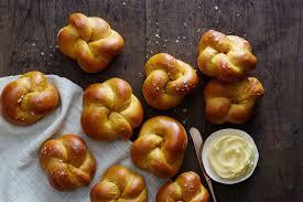 Pumpkin Spice Bread Machine Golden Pumpkin Dinner Rolls Recipe King Arthur Flour