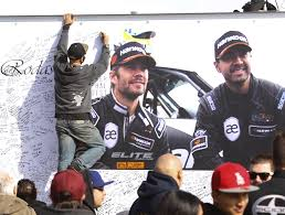 paul walker porsche porsche not at fault in crash that killed paul walker roger rodas