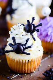 how to make halloween cake decorations three cute u0026 easy halloween cupcakes something swanky