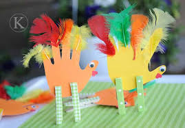 top 32 simple diy thanksgiving crafts youngsters can make decor