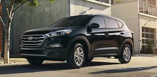 hyundai tucson or honda crv compare 2017 hyundai tucson vs honda cr v review greeley co
