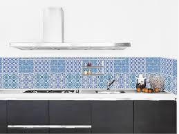 amazing design papier adh sif cuisine azulejos imperm abilis fa on carreaux de ciment pour apportez une note couleur lumineuse votre avec cette cr dence