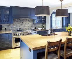 meuble cuisine bleu meuble cuisine peint en bleu idées de décoration capreol us