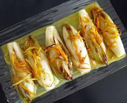 cuisiner des endives endives braisées aux agrumes la recette facile par toqués 2 cuisine