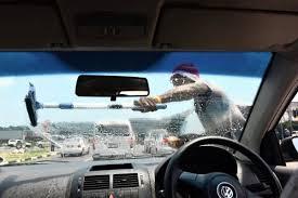 intelligence bureau sa motorist attacked by window washers graphic