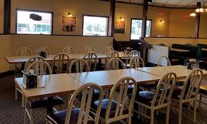 round table pizza roseburg oregon two levels in the dining room picture of round table pizza