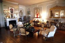 zsa zsa gabor s bel air mansion youtube zsa zsa gabor s husband reveals treausred auction items kenh789