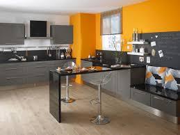 cuisine couleur orange tonnant decoration cuisine couleur orange design salle des enfants