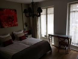 chambre avec miroir sur le coté picture of hotel roses strasbourg