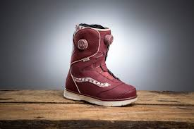 womens snowboard boots canada vans aura best s snowboard boots of 2015 2016 review