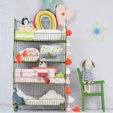 store chambre bébé rangement chambre bébé chaise verte enfant wobo concept store