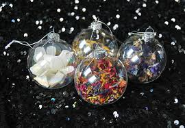 set of 4 dried flower baubles bauble
