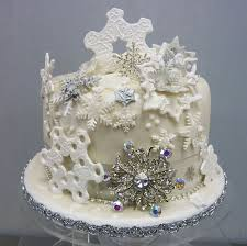 Christmas Wedding Cakes Individual Winter Wedding Cakes La Creme Patisserie Blog