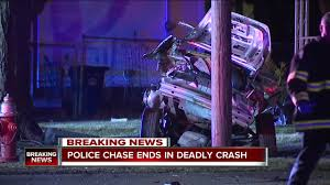 2 dead car ripped into pieces after ohio police chase ends in